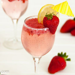 Strawberry-Party-Punch.jpg